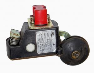 Выключатель DI-101 (S3-B1370)